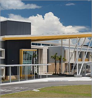 Metal panels create high-tech look for South Carolina school