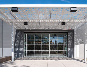 California emergency center uses hydraulic door as part of LEED Gold design