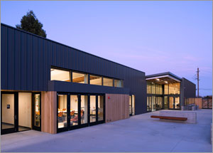 California school showcases indoor/outdoor learning spaces with skylight system
