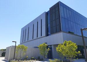 Indiana university science building enhances façade with ACM wall panels