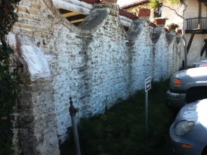Lime stone wall during restoration using the lime mortars. Photos courtesy Merlex