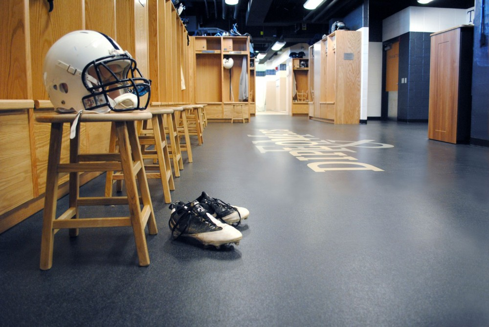 Franklin & Marshall College (Lancaster, Pennsylvania) employed athletic rubber flooring for its high performance.