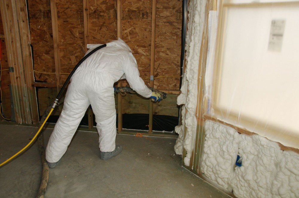 SPF insulation seals gaps to reduce air leaks.
