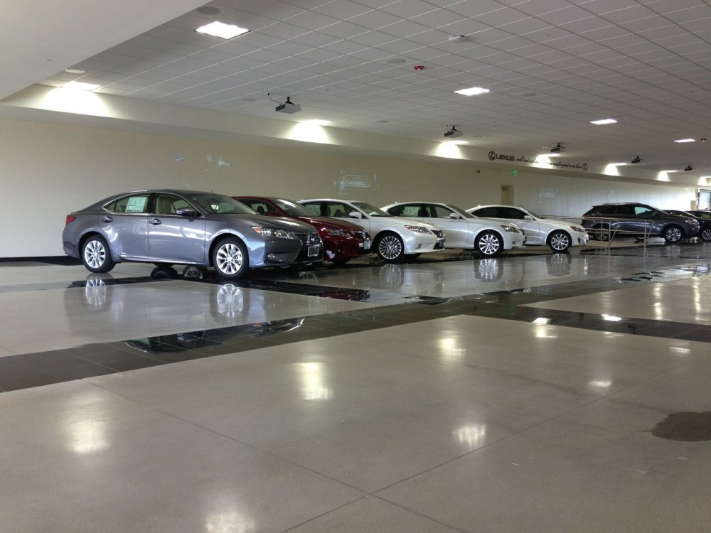 The car dealership floor was polished to meet a Level 3 finished gloss. [CREDIT] Photo © Chris Rains, Ardor Solutions