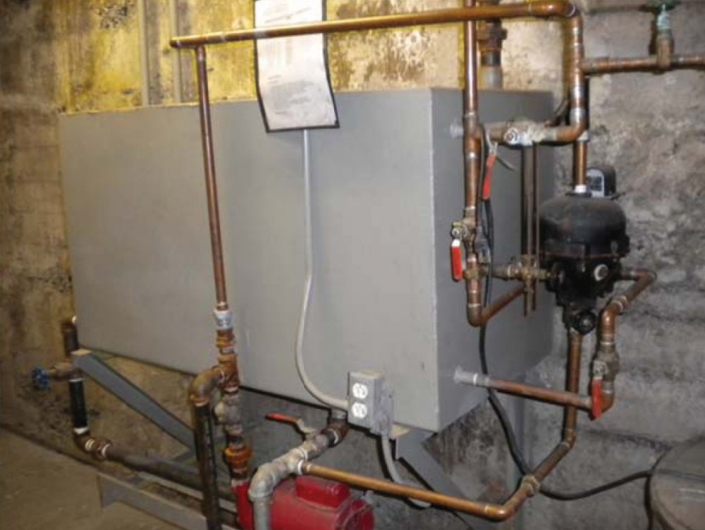 This uninsulated condensate tank was installed in a corrections facility.