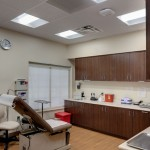 Selecting fixtures with a high color rendering index (CRI) ensured the best quality of light for Tampa General Medical Center's patients, nurses, and staff. Photos courtesy Acuity Brands