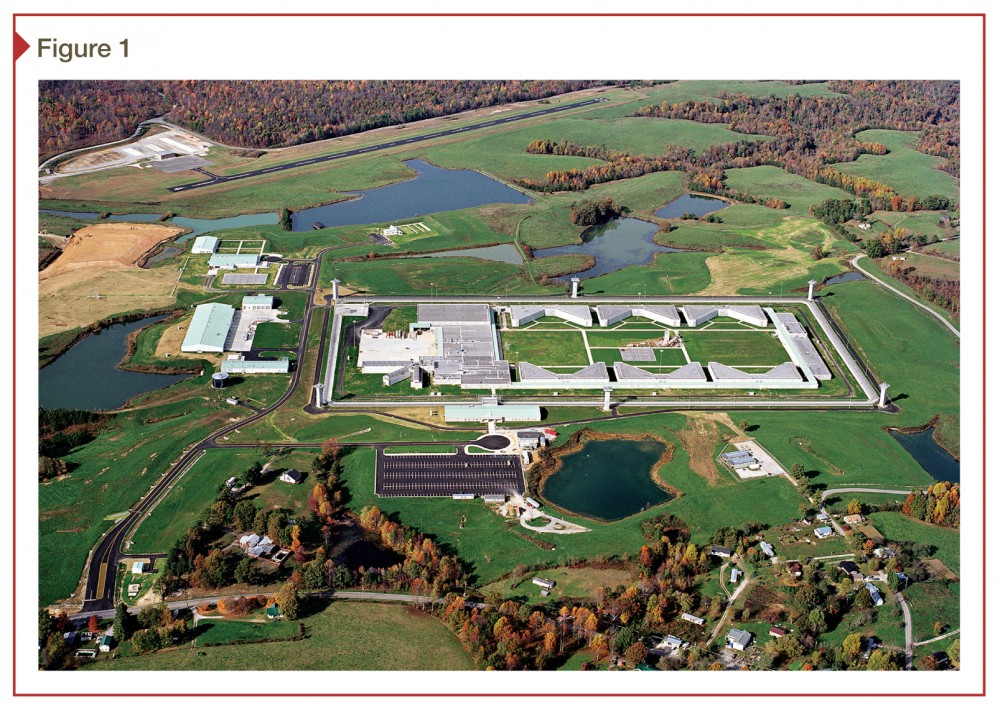 This large correctional facility is nearly 55,740 m2 (600,000 sf). Photo © Mark's Photo Professional Photography and Services. Photo courtesy GRW Engineers
