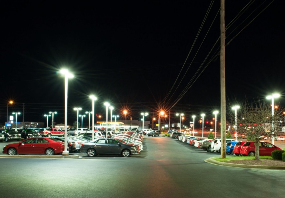 Energy-effi cient LED area lights transform Gary Force Toyota's parking lot and are virtually maintenance-free.