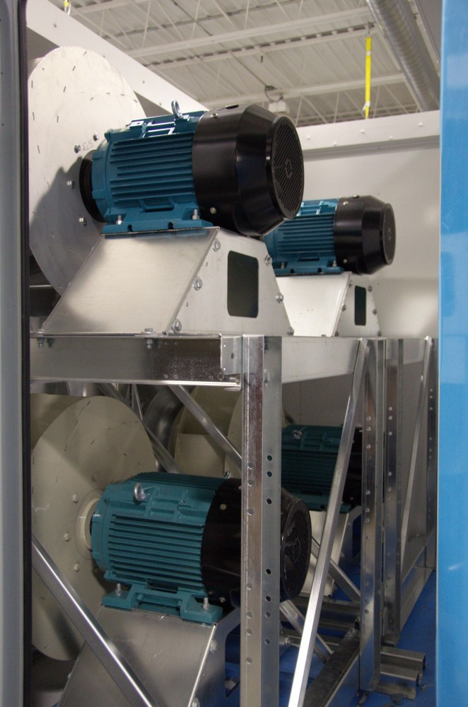 Direct-drive plenum fans connect the motor directly to the fan shaft, thus eliminating friction, noise, maintenance, and power transfer ineffi ciencies associated with traditional belt-driven fans. As a result, a direct drive plenum style fan uses considerably less energy.