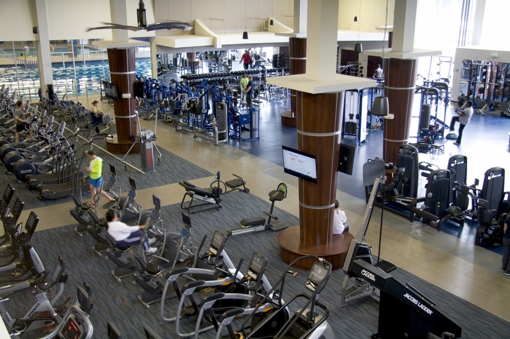 In New Jersey, the Hackensack University Medical Center's (HUMC's) Fitness and Wellness Center depends on its dehumidifi er to keep glass shared by the aerobics and aquatic areas free of condensation.