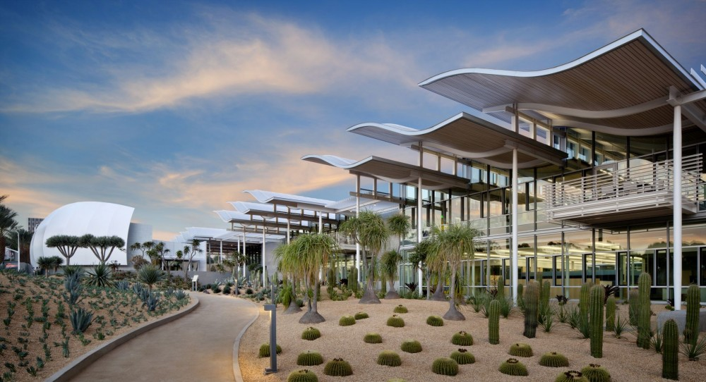 A 2014 American Institute of Steel Construction (AISC) award went to the team behind Newport Beach Civic Center and Park in California. Now, 2015 entries are being sought. Photo courtesy David Wakely Photography.