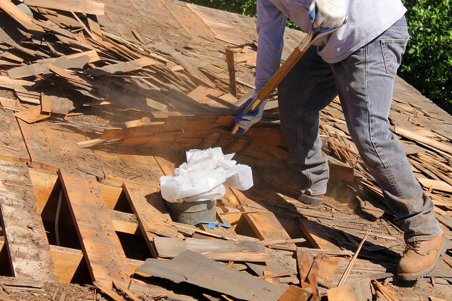 A new ASTM standard will look at establishing roofcovering recycle programs. Photo © BigStockPhoto
