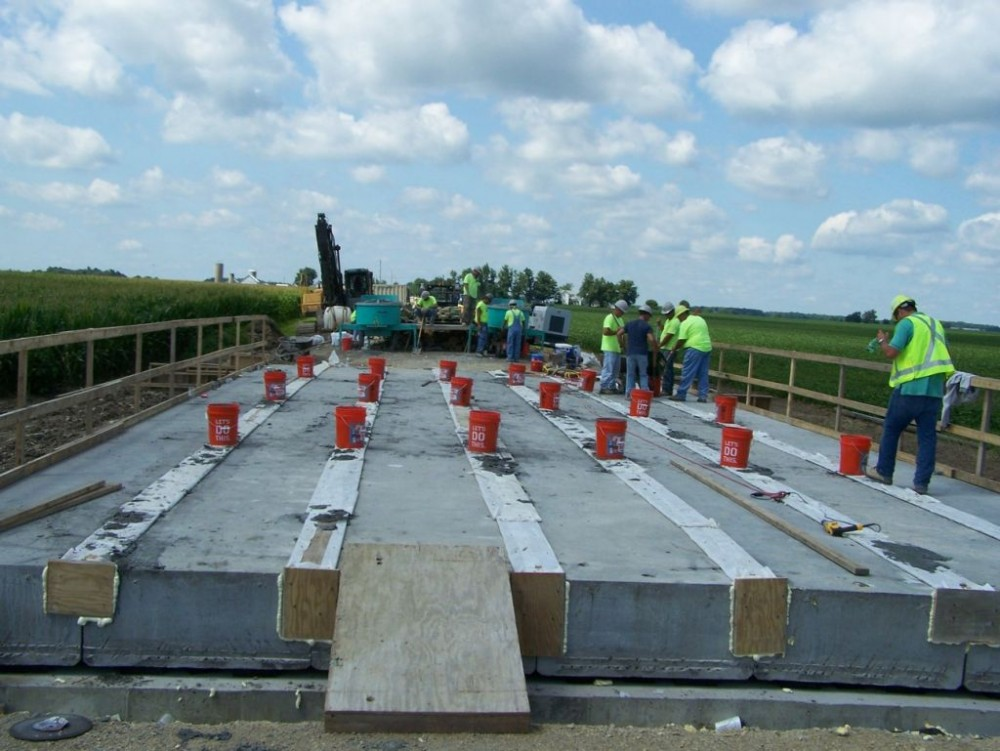 Beam Bridge Construction Materials : Using uhpc to improve box beam bridge performance