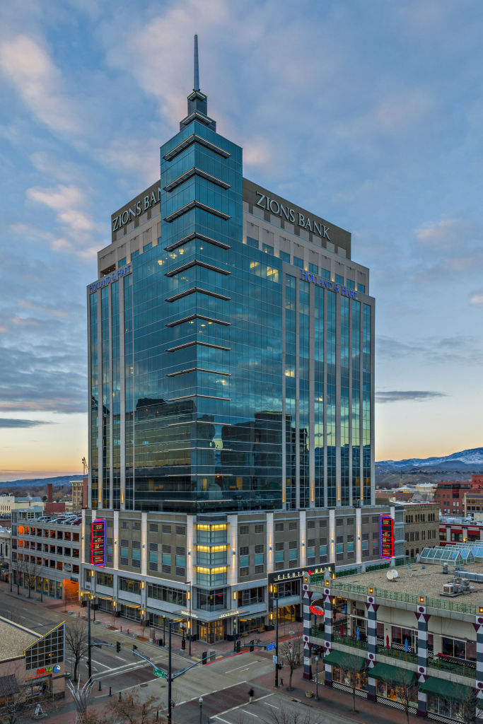 Idaho S Tallest Building Replaces The Boise Hole