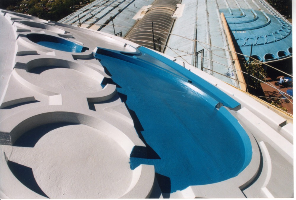 This 100 percent aliphatic polyurethane has exceptional ultraviolet (UV) resistance needed to hold this deep blue color on the very visible roof of Marin County Civic Center (San Rafael, California).