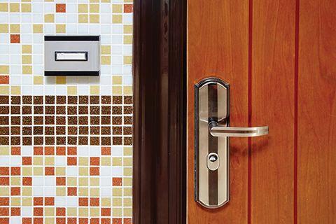 bigstock-Doorbell-Ring-Button-On-The-Wa-95741504