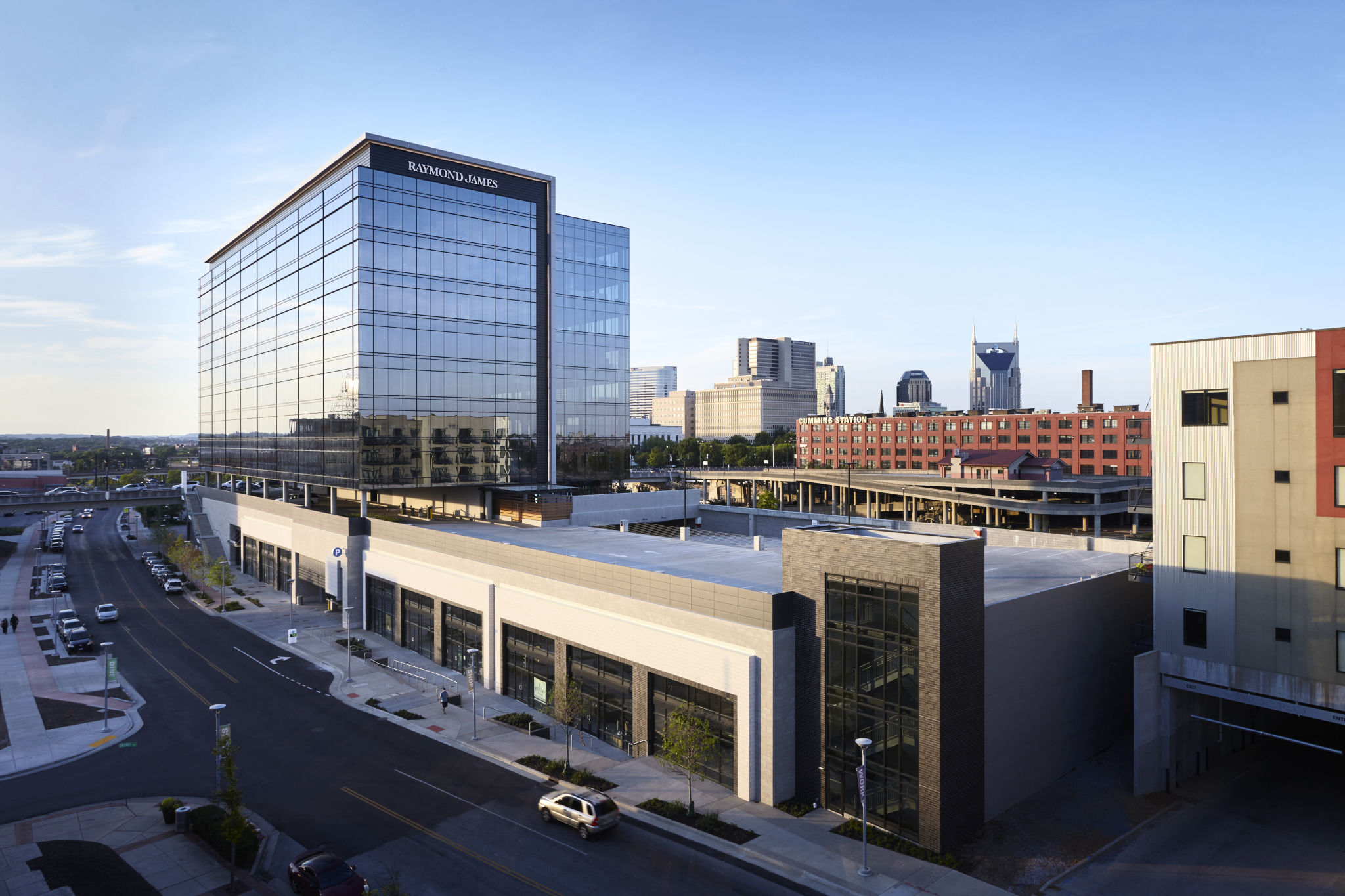 Nashville building highlights environmental design for Design office xing