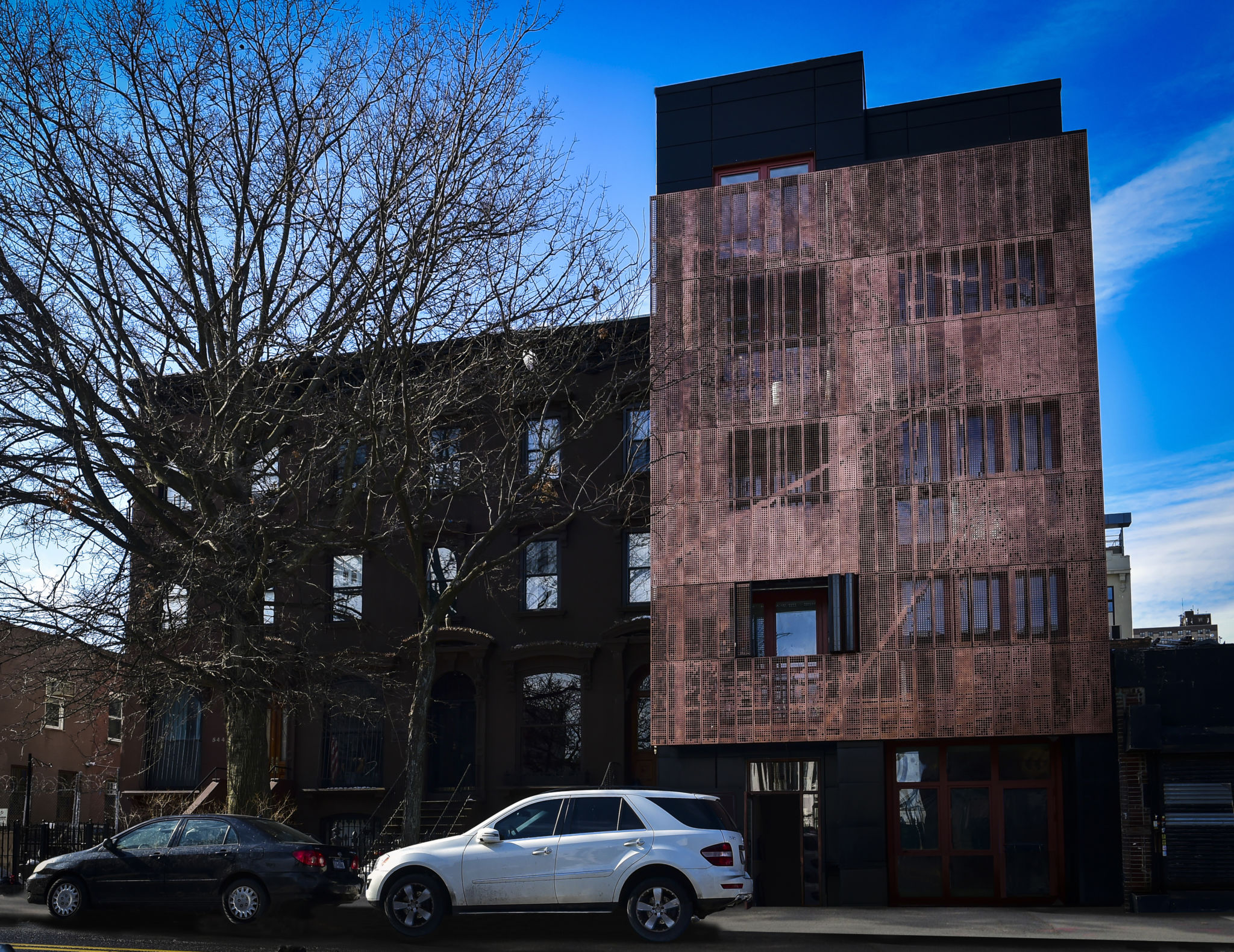 Aperture 538 in Brooklyn, NY was among 12 building projects honored at North American Copper in Architecture (NACIA) for excellence in copper use.  Photo © Tia Zhang