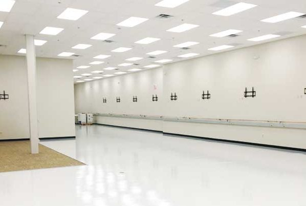 medtronics-cleanroom2