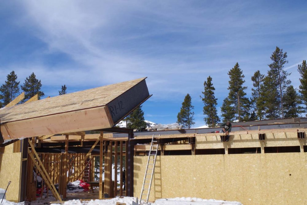 Graphite polystyrene (GPS) insulation enhances structural insulated panels' (SIPs') R-values by more than 20 percent. As with traditional SIPs, the panels can be used in wall and roof applications. All images courtesy Premier SIPs
