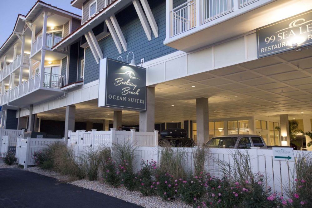 Bethany Beach Ocean Suites used an exterior product resembling traditional shake to withstand wear from the sun and ocean and blend in with the town's aesthetic style. Photo courtesy Novik – Exteria Building Products