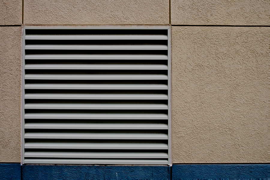 When airflow control is of utmost importance, an operable wall louver is an ideal solution. When combined with fixed louvers as a dual-blade operable louver, these offer design and performance flexibility. Photo © BigStockPhoto