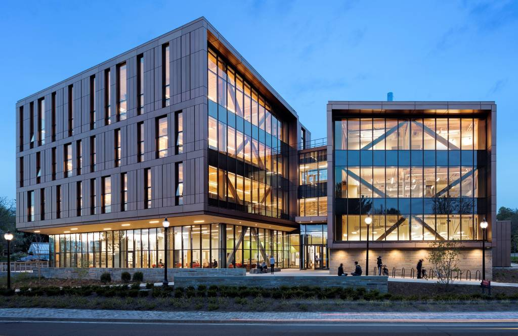 Simpson Gumpertz & Heger received a Gold Engineering Excellence Award from the American Council of Engineering Companies of Massachusetts for its design of the John W. Olver Design Building. Photo courtesy ACEC/MA