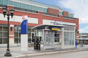 Constructed of aluminum and finished in a clear anodize, the bus rapid transit (BRT) shelters in Minnesota offer high-traffic durability in an urban setting. Photo courtesy Duo-Gard Industries