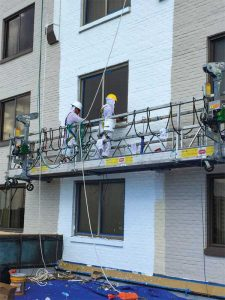 Coating contracting company Stuart Dean applied the new coating with a roller to eliminate potential overspray issues that could impact guest convenience.