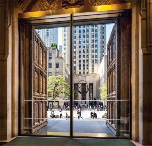 New motorized sliding glass pocket doors welcome visitors to the cathedral entrance, allowing the original bronze doors to remain open while minimizing heat and air-conditioning loss. Photos © Elizabeth Felicella/Esto