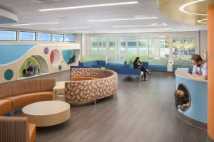 The new children's surgery center at the UC Davis Medical Center campus in Sacramento, California, utilizes technologically-advanced design to cater to the needs of its pediatric patients. Photo © Chad Davies