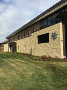 An insulated concrete masonry wall system was utilized for the Glen Ellyn police station in Illinois to deliver the required thermal performance and moisture protection. Images courtesy Echelon Masonry