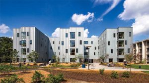 Zinc panels were installed in a randomized pattern at the High Street Residence Hall at Dickinson College in Carlisle, Pennsylvania, to enhance the building's visual interest. Photos © Chris Cooper. Photo courtesy RHEINZINK