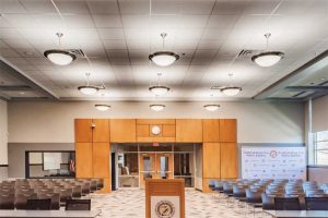 In larger speech rooms, sound-absorptive finishes, such as acoustic ceilings and carpeted floors, decrease reverberation and increase intelligibility of the spoken word. Photo courtesy OddBox Studios