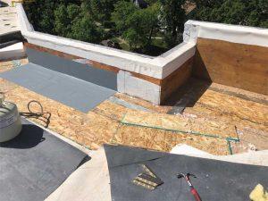 Figure 9: Roof vapor/air barrier at roof perimeter.