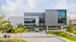 Designed by Gensler, the Christine E. Lynn University Center, Boca Raton, Florida, brings comfort to student spaces with acoustic ceiling panels. Photos © Connie Zhou (Gensler). Photos courtesy Rockfon