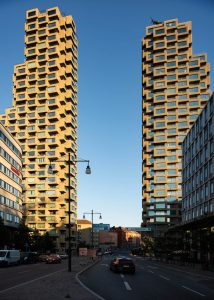 Swedish residential tower 'Norra Tornen' in Stockholm, designed by the Office for Metropolitan Architecture (OMA), wins the International Highrise Award 2020. Photo © Anders Bobert. Photo courtesy OMA