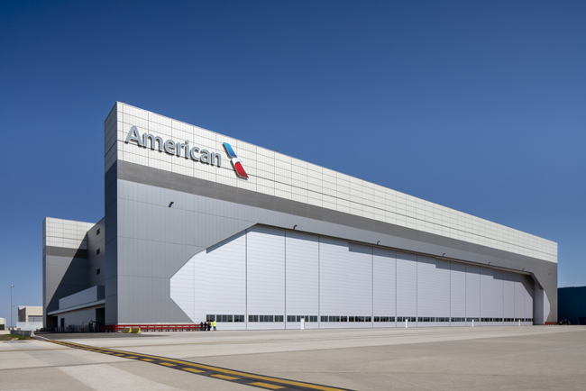 CENTRIA® Versawall insulated metal panel options provide efficiency and versatility