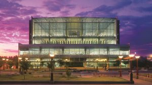 The Burton Barr Phoenix Central Library by Will Bruder Architects receives American Institute of Architects' (AIA's) Twenty-five Year Award. Photo © Bill Tillerman